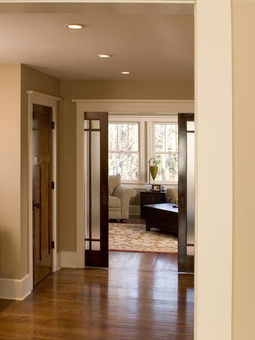 Large craftsman bedroom design ideas remodels photos for Craftsman bedroom ideas