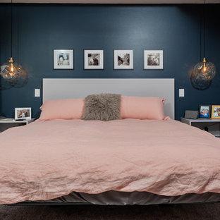 На фото: спальня в стиле модернизм