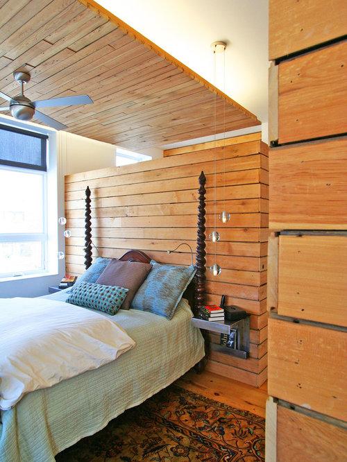 small master bedroom idea in chicago