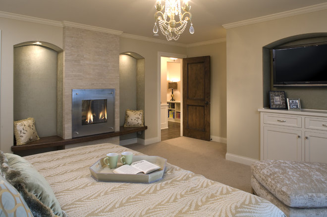 Contemporary Bedroom by Warren Home Restorations