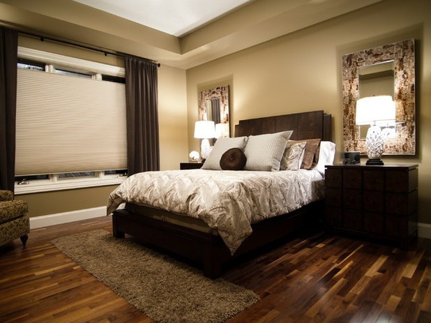 Modern Bedroom by Willow Tree Interiors
