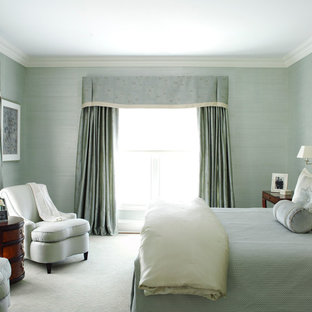 Inspiration for a transitional carpeted bedroom remodel in New York with blue walls