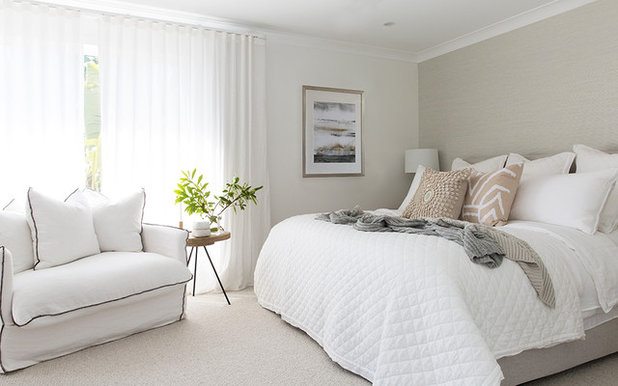 Beach Style Bedroom by Donna Guyler Design