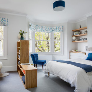 Inspiration for a modern bedroom in London.