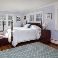Traditional Bedroom by Mahoney Architects