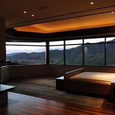 Contemporary Bedroom by David J. Wade Inc, Architect
