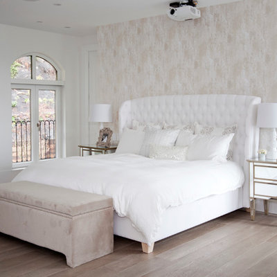 Bedroom - transitional light wood floor bedroom idea in Vancouver with multicolored walls and no fireplace