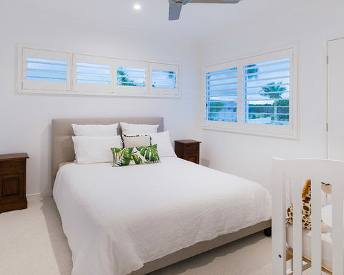 Design Small Bedroom. Photo of a small beach style guest bedroom in Gold Coast  Tweed with white walls Small Bedroom Design Ideas Renovations Photos
