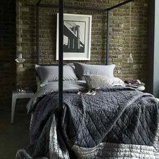 Eclectic Bedroom mchrisberto