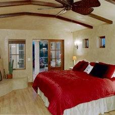 Mediterranean Bedroom by Ainslie-Davis Construction