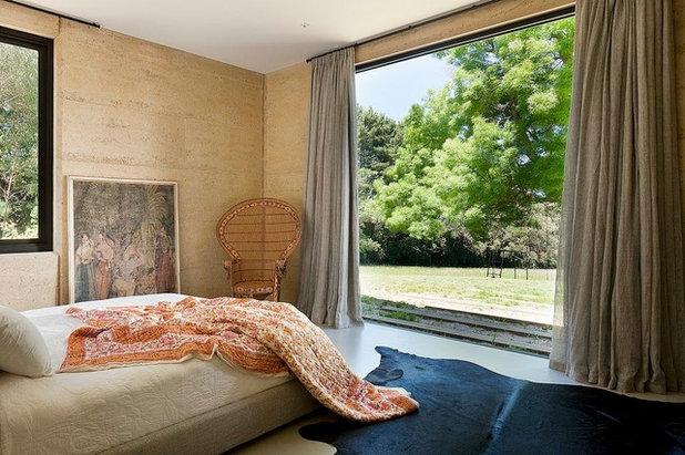 Contemporary Bedroom Merricks