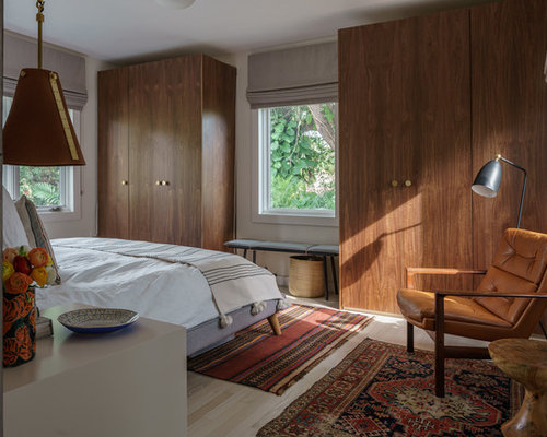 Example Of A Midcentury Modern Bedroom Design In Miami With White Walls,  Light Wood Floors Part 84