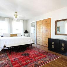 Midcentury Bedroom by erin williamson