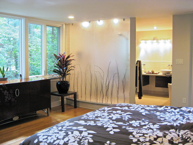 Modern Bedroom by Re:Vision Architecture