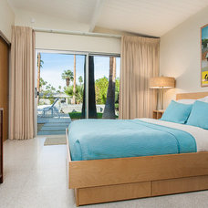 Midcentury Bedroom by Iconic Palm Springs Vacation Rentals