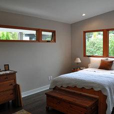 Midcentury Bedroom by Ventana Construction LLC