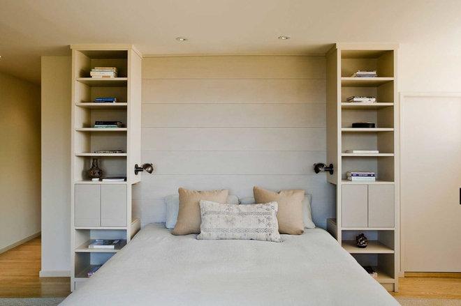 Modern Bedroom by Koch Architects, Inc.  Joanne Koch