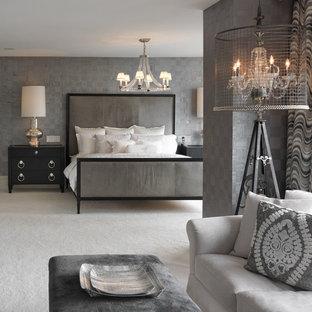 Стильный дизайн: спальня в стиле современная классика с серыми стенами и ковровым покрытием - последний тренд