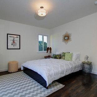 Minimalist bedroom photo in Los Angeles