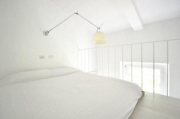 10 astuces pour am nager une chambre basse de plafond. Black Bedroom Furniture Sets. Home Design Ideas