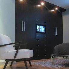 Modern Bedroom by 7j DESIGN
