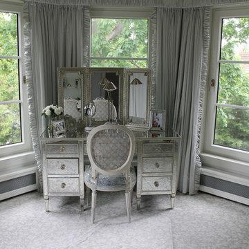 Mirrored Vanity Lawrence, NY Home