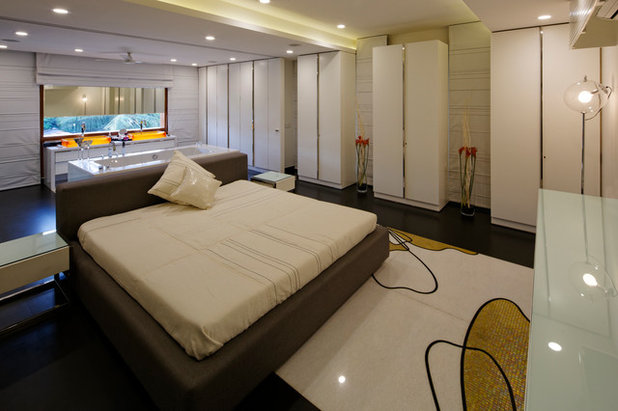 Contemporary Bedroom by Fulcrum Studio