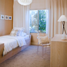 Modern Bedroom by Erika Bierman Photography