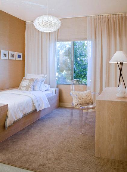 Modern Bedroom by Erika Bierman Photography