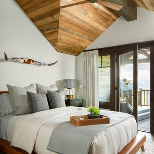 Fine 75 Beautiful Rustic Bedroom Pictures Ideas Houzz Interior Design Ideas Greaswefileorg