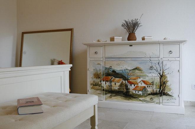 Mediterranean Bedroom by Angel Mangarakov