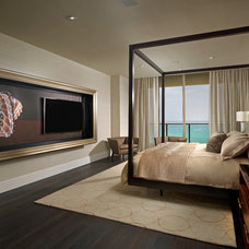 Traditional Bedroom by b+g design inc.
