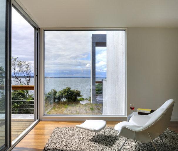 Modern Bedroom by Bates Masi Architects LLC