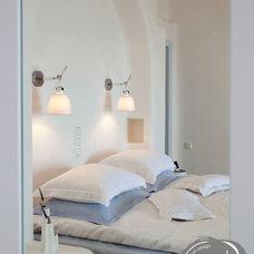 Modern Bedroom by Stardust Modern Design