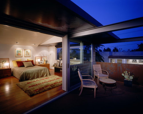 master bedroom balcony houzz 12233 | d1c1b87a0ca1057c 3545 w500 h400 b0 p0 industrial bedroom