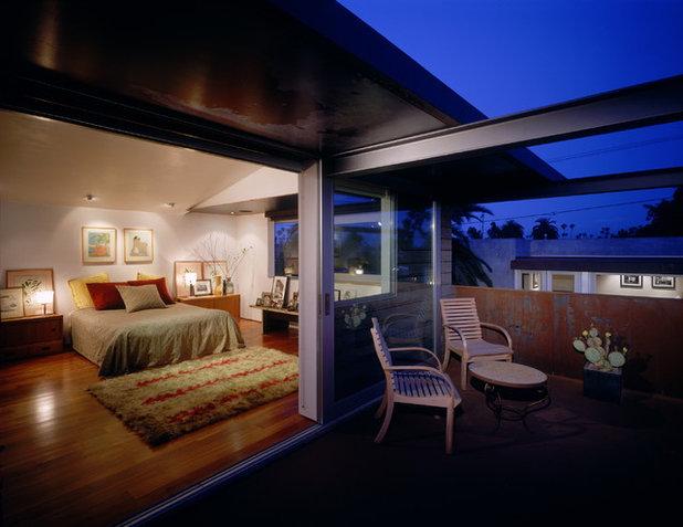 Industrial Bedroom by Ehrlich Yanai Rhee Chaney Architects