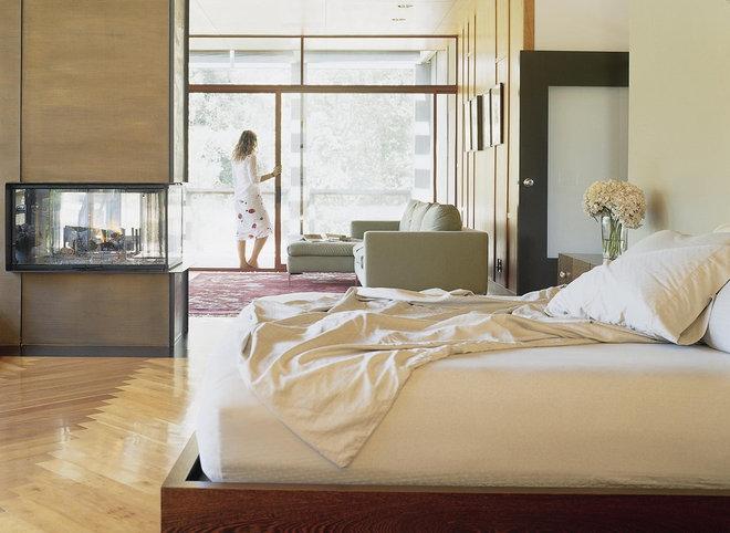 very cool bedrooms. Black Bedroom Furniture Sets. Home Design Ideas