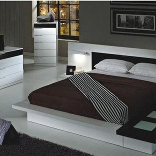 Bedroom   Modern Bedroom Idea In New York