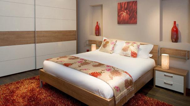 Modern Bedroom by Optimise Design