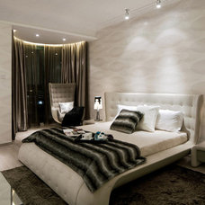 Modern Bedroom by Limitless