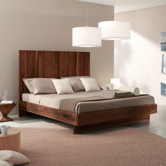 modern bedroom by usona