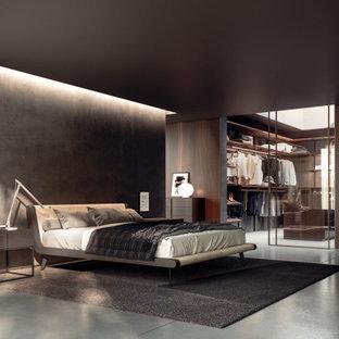 Ejemplo de dormitorio principal y madera, minimalista, grande, madera, con suelo de cemento, suelo gris y madera
