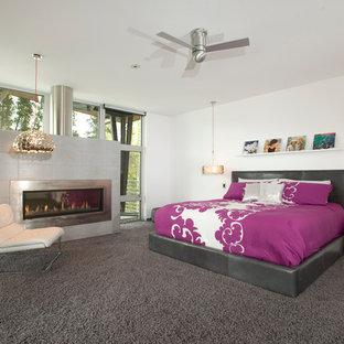 デンバーのコンテンポラリースタイルのおしゃれな寝室 (白い壁) のレイアウト