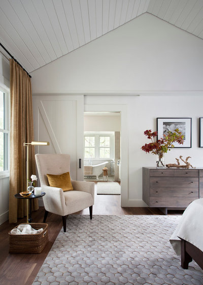 Country Bedroom by Tim Cuppett Architects