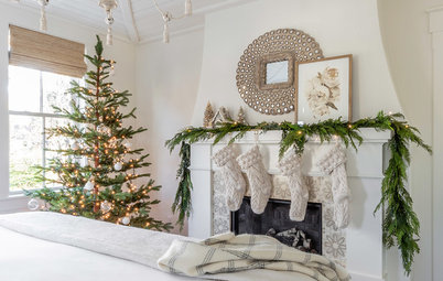 26 Elegant White and Neutral Christmas Decorating Schemes