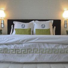 Contemporary Bedroom by Stephanie Sabbe