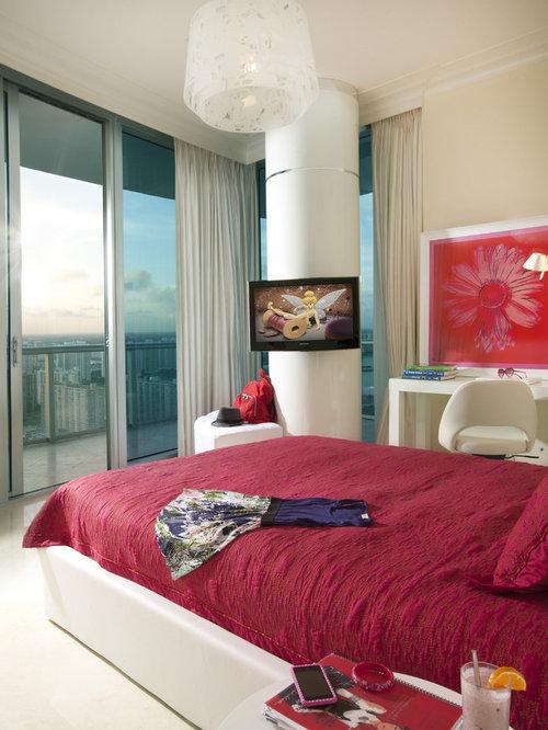 Contemporary Bedroom Idea In Miami With Beige Walls