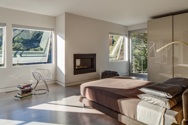Modern Bedroom by Mark Brand Architecture