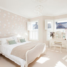 Traditional Bedroom by Chris Snook