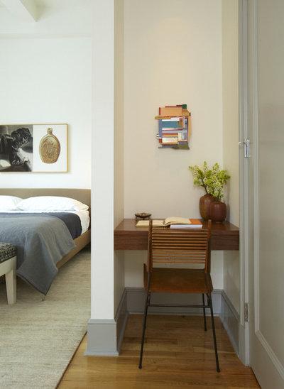 Modern Bedroom by Westward Home